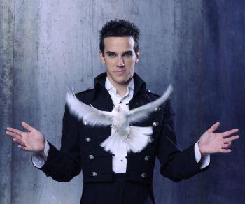 Il primo one man show del giovanissimo talento italiano della magia internazionale