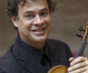 Concerti: Marco Serino interpreta Mozart