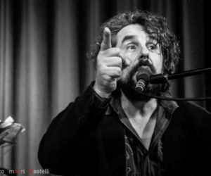 Locali: Mario Donatone in concerto