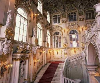 Mostre - Il Museo Ermitage di San Pietroburgo offre una visita delle sale museali online