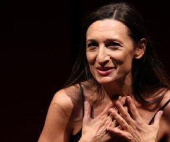 L'associazione culturale attrici clandestine porta in scena uno spettacolo su... un'attrice clandestina
