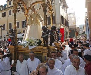 Il tradizionale appuntamento che da decenni coinvolge tutti gli abitanti di Trastevere