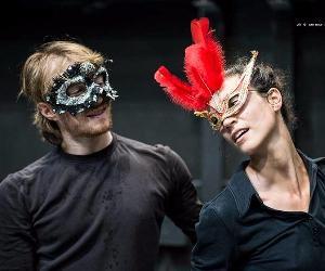 Spettacoli - Romeo e Giulietta 1.1 la sfocatura dei corpi