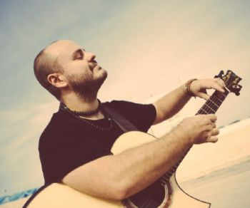 Locandina: Andy McKee in concerto