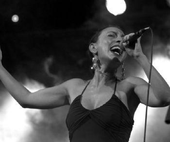 Concerti: Moviti Ferma