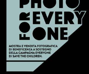 Mostra fotografica con vendita di beneficenza volta a sostenere la campagna globale Every One di Save the Children