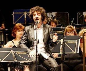 Un'opera originale suonata insieme alla Bohemian Symphony Orchestra di Praga