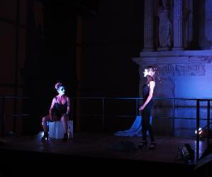 Francesca Accardi e Sarah Nicolucci le protagoniste dello spettacolo scritto e diretto da Johannes Bramante
