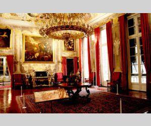 """Visita guidata del palazzo con apertura """"straordinaria"""" e a numero chiuso"""