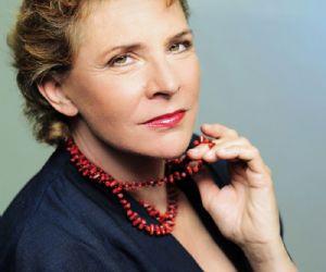 La musica dal vivo del Red4Quartet accompagnerà Pamela Villoresi con composizioni originali