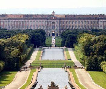 Visite guidate - Una giornata a Caserta, alla scoperta del sogno di Re Ferdinando