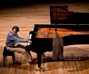 Mozart, piano concerts n. 11, 12, 13