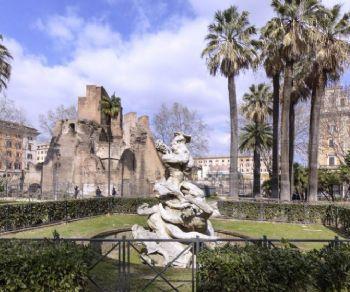 Dall'Acquario Romano alla Porta Magica di Piazza Vittorio