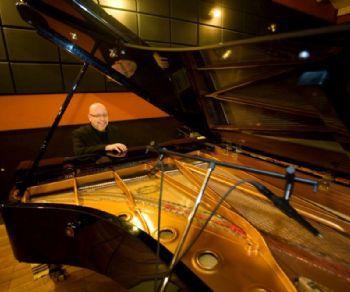 Locali - Pino Jodice Jazz Trio dal vivo all'Elegance