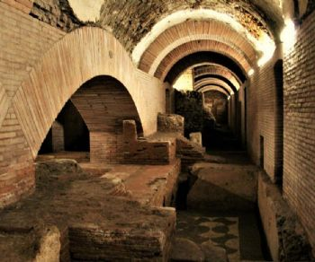 Visita guidata con archeologo