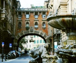 Un miscuglio di stili che rendono questo angolo di Roma un luogo magico