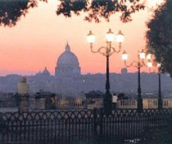 Romantica passeggiata storico-artistica nei tramonti di Roma