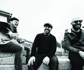 Locali - Bevo Solo Rock'n Roll al Cotton Club