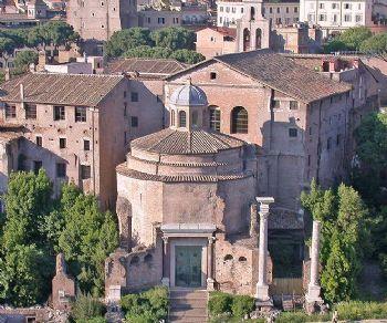Visite guidate: La chiesa dei Santi Cosma e Damiano al Foro e il presepe settecentesco napoletano