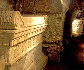 Gli scavi, i restauri e le sistemazioni dell'area archoelogica nel tratto urbano della Via Appia Antica