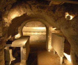 Visite guidate: Sepolcro degli Scipioni. Apertura Straordinaria