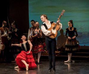 Balletto i tre atti tratto dall'omonimo romanzo di Cervantes