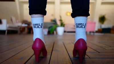 Spettacoli: Come tutte le ragazze libere