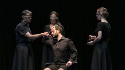 Spettacoli - Macbeth, le cose nascoste