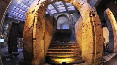 Visite guidate - Sotterranei di Piazza Navona e di Campo de' Fiori: Stadio di Domiziano, Odeon e Teatro di Pompeo
