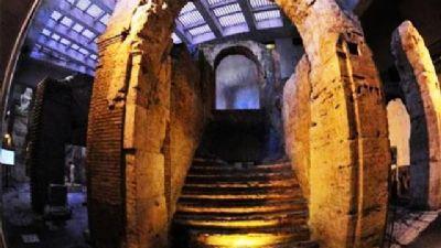 Visite guidate - Stadio di Domiziano, sotterranei di Piazza Navona e del Teatro di Pompeo