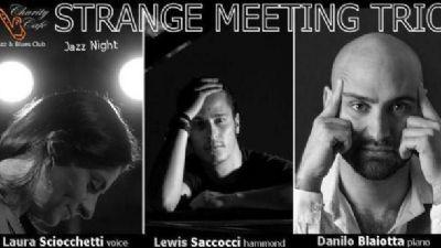 Locali - Strange Meeting Trio in concerto al Charity Café