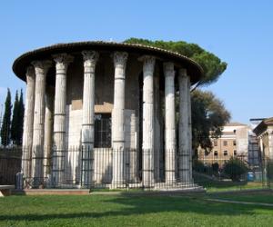Il Tempio Rotondo di marmo più antico presente a Roma