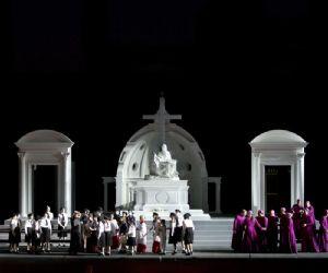 Spettacoli - Tosca