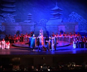 Spettacoli - Giovanissimi all'Opera!