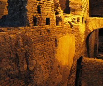 Visite guidate - La città sotterranea dell'acqua e il rione Trevi