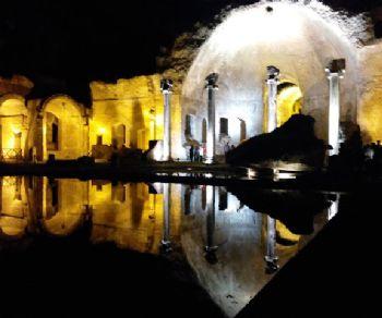 Visite guidate - Villa Adriana a Tivoli. Apertura Notturna