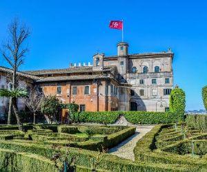 Visite guidate: Santa Maria del Priorato all'Aventino e la Villa Magistrale dei Cavalieri di Malta