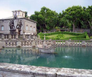 Gita in pullman da Roma alla scoperta del bosco sacro e delle fontane di Bagnaia