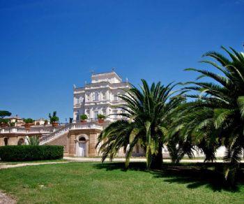 Locandina: Leggende e verità nascoste a Villa Pamphilj