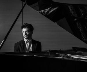 """Per la rassegna """"Jazz al Vittoriano"""" con il suo ultimo album in piano solo"""