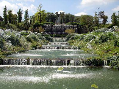 Il giardino delle cascate al quartiere eur giardino for Cascate in giardino