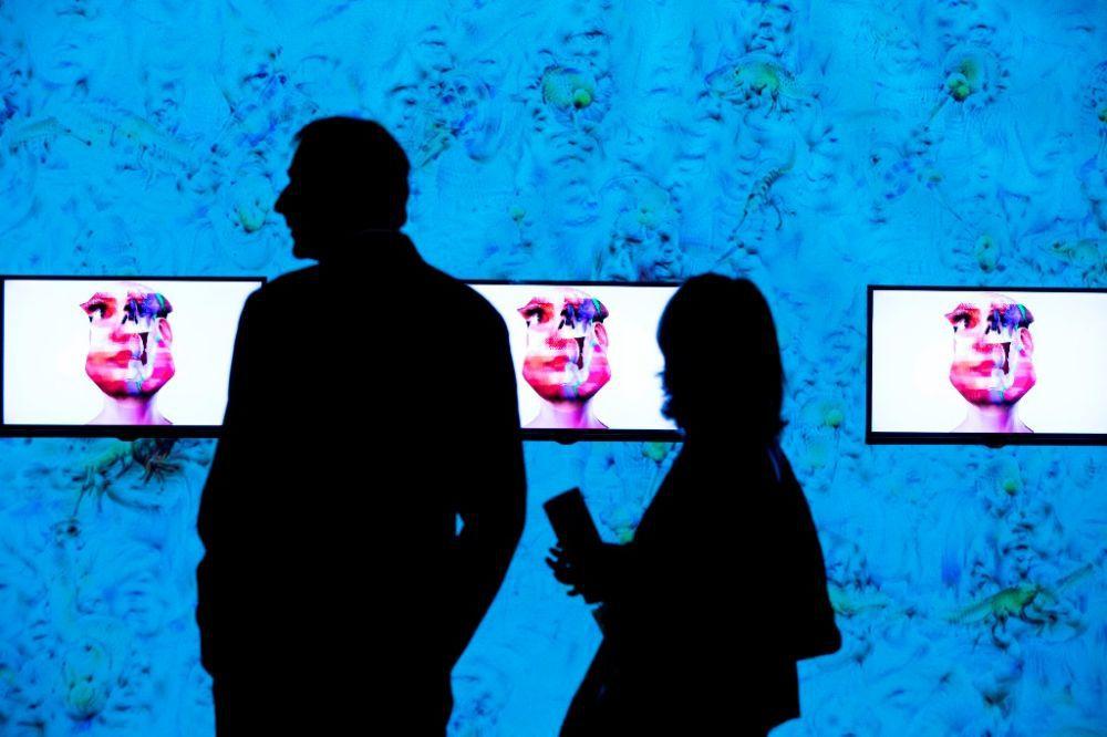 Human digital transformation maxxi museo nazionale for Disegnare un progetto