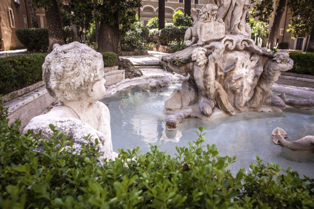Progettare in un paese antico relatore l 39 architetto for Architetto giardini roma