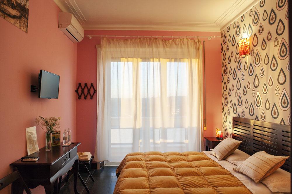 Bed & Breakfast: City Lights
