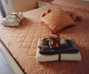 Bed & Breakfast - Bella Roma Domus