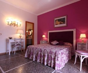 Bed & Breakfast - Miriam Guesthouse