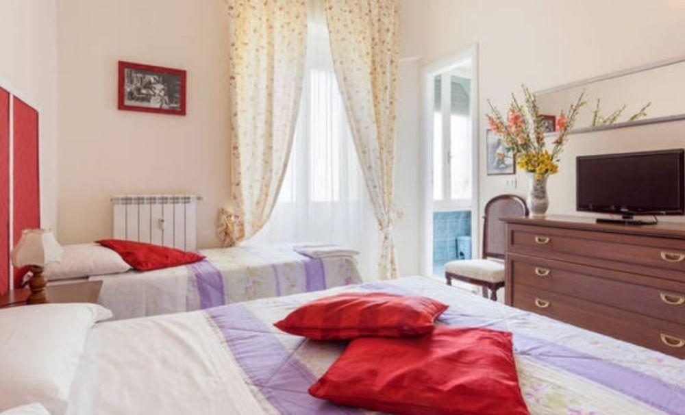 Bed & Breakfast: Camera con vista
